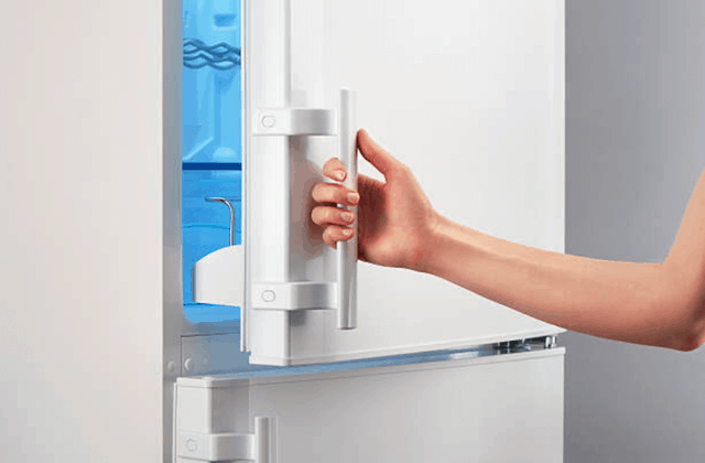 How To Fix A Refrigerator Door That Doesn't Shut Tightly